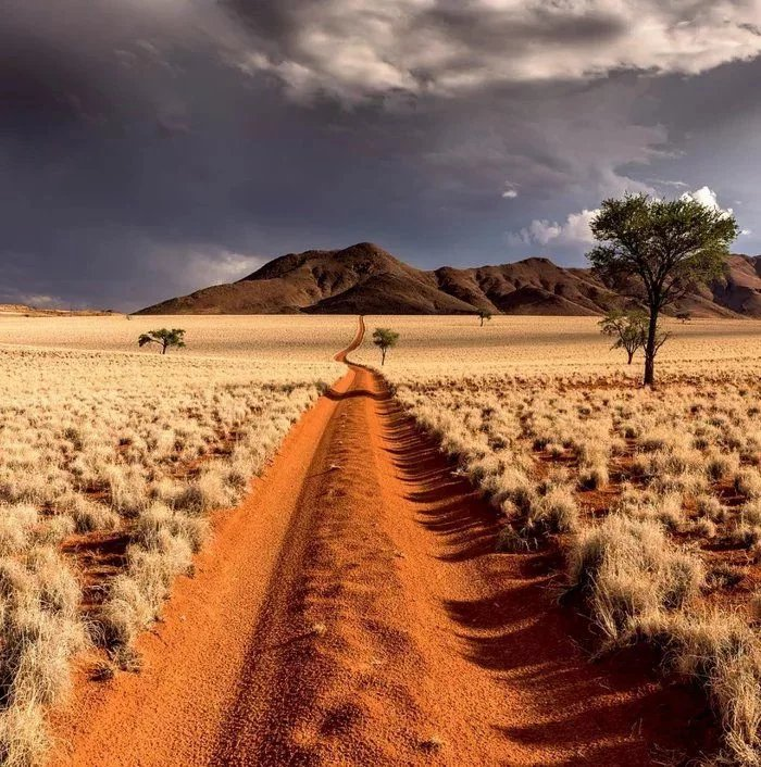 The-desert-of-Namibia - ryuklemobi
