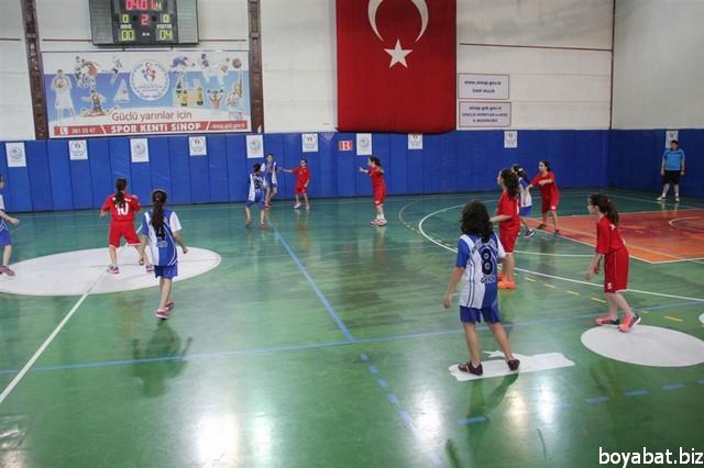 okul sporları hentbol01