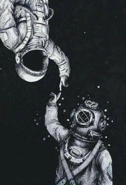 astronaut diver contact